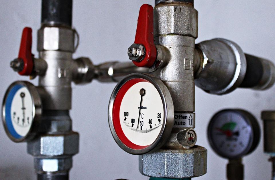 Dépannage de votre chaudière par un plombier chauffagiste, quel est le bon tarif ?